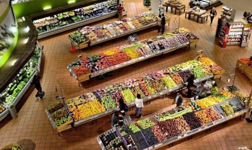 Фото №1 - Врачи назвали способы защититься от коронавируса в супермаркете