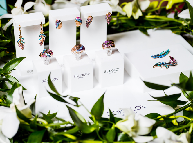 Фото №1 - Птицы и бабочки: летим к лету с новой коллекцией SOKOLOV