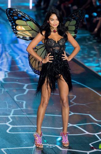 Фото №3 - Конец эпохи: шоу Victoria's Secret официально отменено