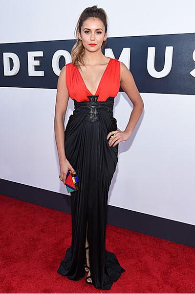 Нина Добрев на VMA