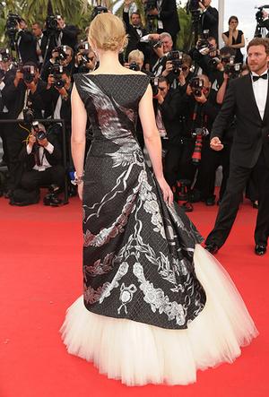 Фото №30 - Королева Канн: Кейт Бланшетт и ее модные образы за всю историю кинофестиваля