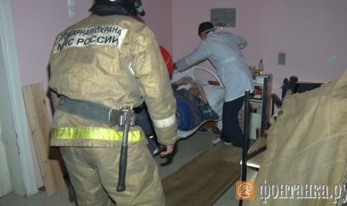 Фото №1 - В Петербурге горела клиника университета имени Мечникова