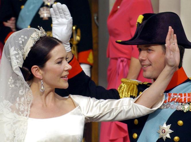 Фото №57 - Самые забавные моменты на королевских свадьбах (истории в фотографиях)