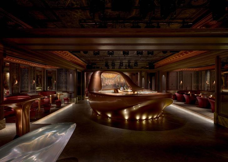 Фото №1 - Сюрреалистический бар в Дубае