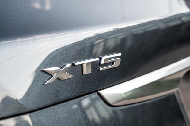 Фото №2 - Cadillac XT5 хорошеет на глазах
