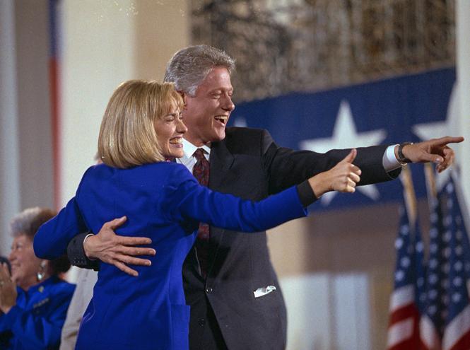 Фото №6 - Билл и Хиллари Клинтон: свободные отношения и слезы бывшей первой леди