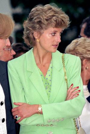 Фото №5 - Время монарха: любимые часы королевских особ