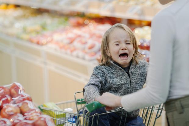 Фото №1 - Как быстро остановить детскую истерику: 5 способов