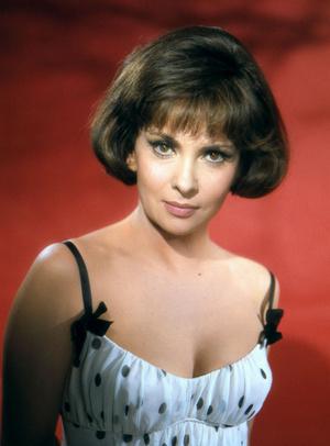 Фото №26 - Стрижки как у Хепберн, Бардо и других кинодив 60-х, которые мы снова будем носить