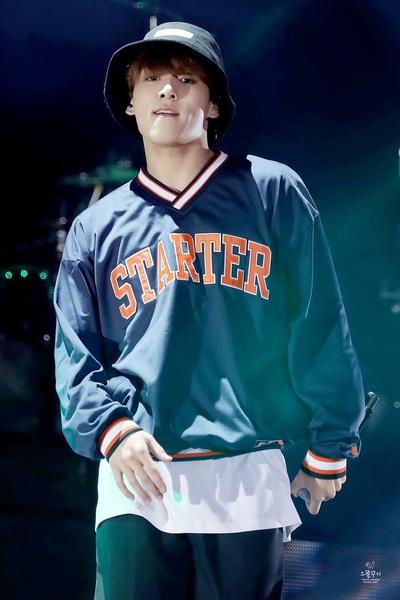 Фото №5 - Научим тебя, как одеваться в стиле Чонгука из BTS 💜