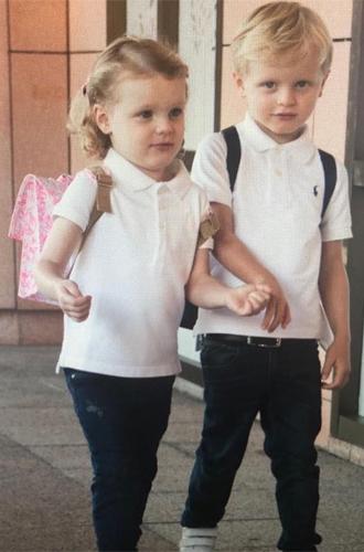 Фото №2 - Принц Жак и принцесса Габриэлла пошли в школу