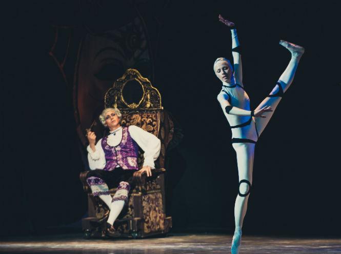 Фото №2 - Театр «Новой оперы» представляет балет «Коппелия»