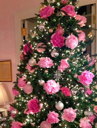 Фото №8 - Елочка, цвети: новый рождественский тренд в декоре