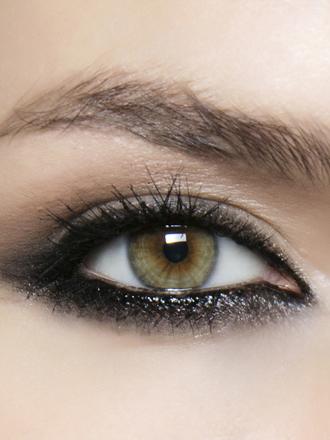 Фото №19 - Макияж по цвету глаз: как правильно расставить акценты