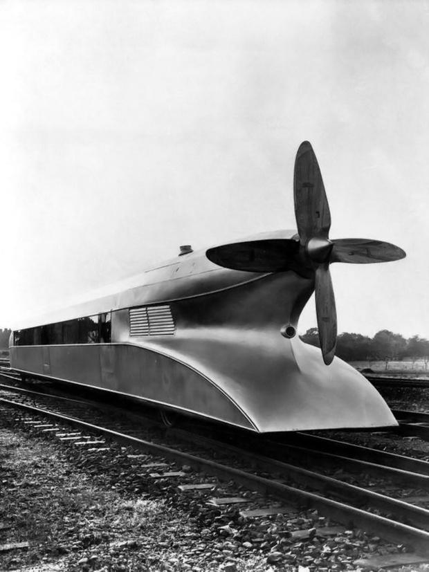 Фото №2 - История одной фотографии: «Рельсовый Цеппелин», июнь 1931