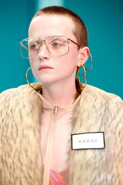 Фото №1 - Отрубленные головы, драконы и змеи: Почему новую коллекцию Gucci нужно посмотреть всем?