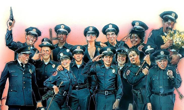 Всего было снято семь серий «Полицейской Академии» плюс телесериал и цикл мультиков.