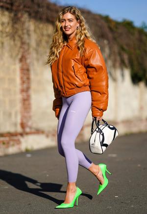 Фото №12 - Модный камбек: с чем носить леггинсы сегодня
