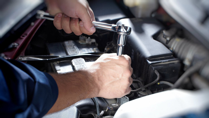 Фото №1 - 6 операций по обслуживанию автомобиля, которые ты можешь сделать сам