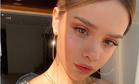 Блогер Маша Вэй повторила образ Натали Портман на церемонии вручения «Оскара»