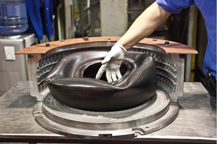 Фото №13 - Как это устроено: путешествие на завод по производству автомобильных шин