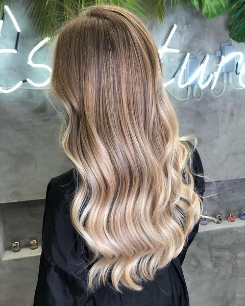 Фото №3 - Fashion color: какие окрашивания волос будут в тренде весной-2021