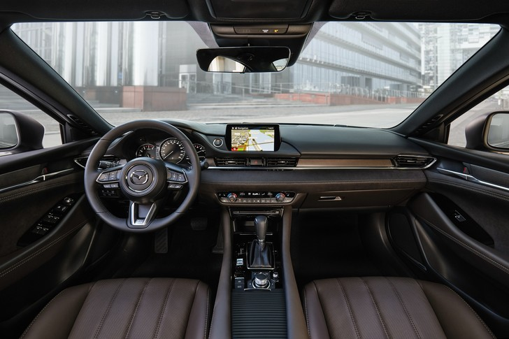 Фото №6 - 6 причин, почему Mazda 6— самая важная модель бренда