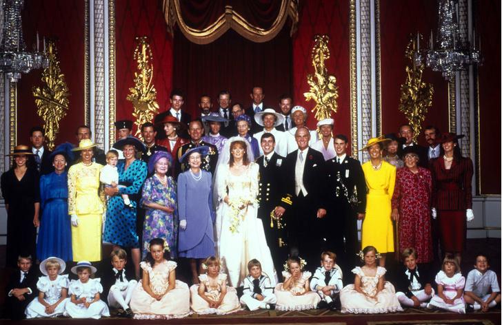 Фото №2 - Предчувствие беды: что пошло не так на свадьбе Сары Фергюсон и принца Эндрю