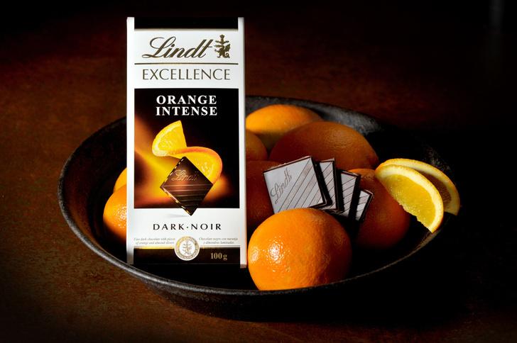 Фото №1 - Lindt Excellence — швейцарский шоколад и неожиданные сочетания ингредиентов