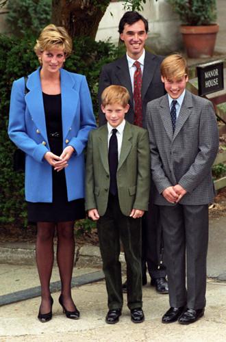 Фото №6 - Почему принц Джордж опять идет в первый класс