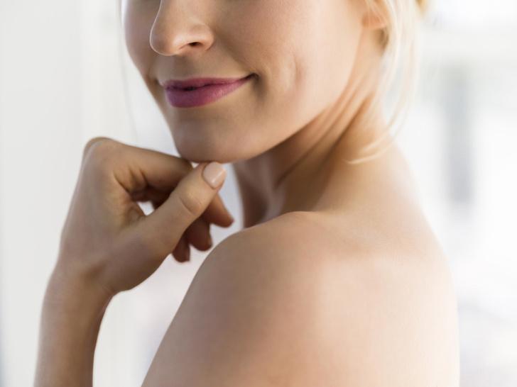 Фото №2 - Как получить ямочки на щеках: что такое димпл-пластика (и стоит ли оно того)