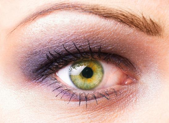 Фото №4 - Как подчеркнуть естественный цвет глаз?