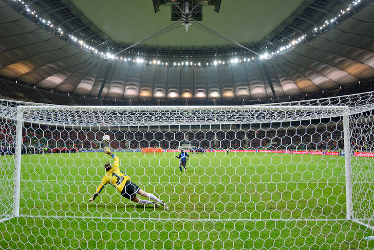Фото №1 - Математики признали существующие футбольные правила несправедливыми