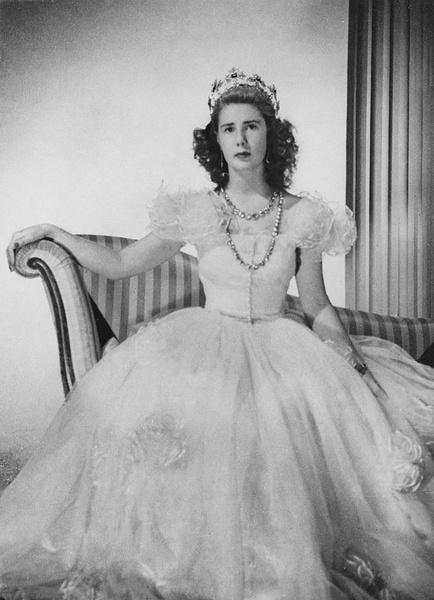 Герцогиня Альба биография что с лицом фото в молодости и сейчас дети