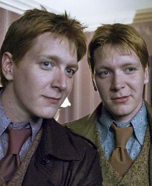 Фото №1 - Как две капли воды: самые известные близнецы Голливуда