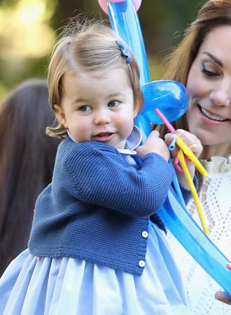 Фото №10 - Ее мини-Величество: феноменальное сходство принцессы Шарлотты с Елизаветой II