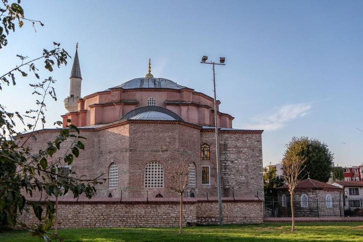Фото №3 - Собор, мечеть, музей: полторы тысячи лет истории Святой Софии Константинопольской в занимательных фактах