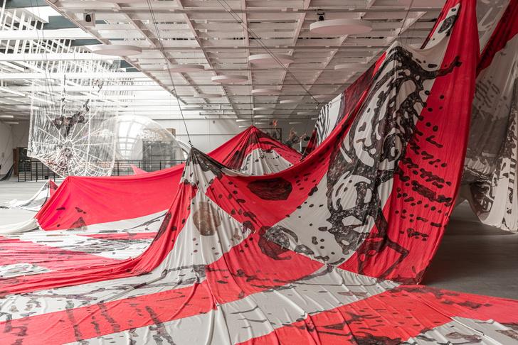 Фото №4 - В Петербурге открылась выставка южнокорейской художницы Ли Бул