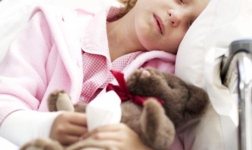 Фото №1 - Почему родители травят детей каплями от насморка