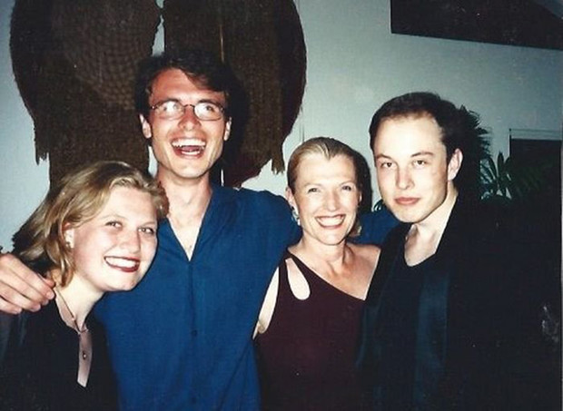 Фото №9 - Потрясающая Мэй, или Почему мама Илона Маска круче, чем он сам