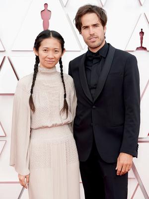 Фото №9 - «Оскар-2021»: самые красивые звездные пары церемонии