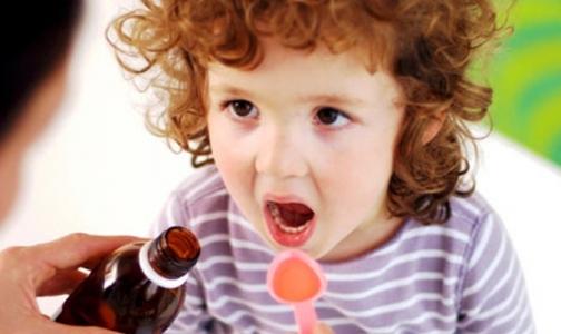 Фото №1 - Можно ли лечить детей таблетками для взрослых