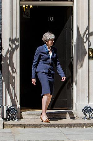 Фото №15 - Тереза Мэй: модная дипломатия и уникальный стиль главы Великобритании