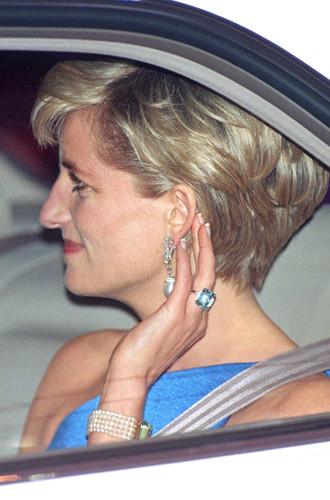 Фото №3 - Как герцогиня Меган открыла сокровищницу Дианы