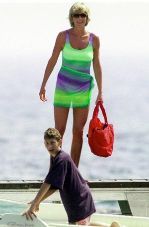 Фото №33 - Принцесса пляжа: бикини-стиль Дианы