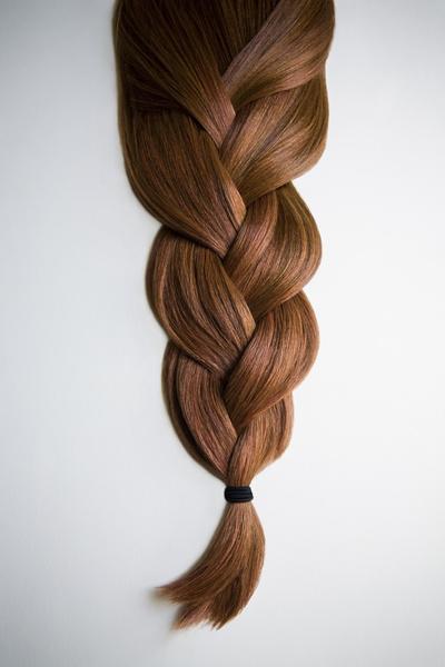 Фото №1 - Как правильно мыть голову, чтобы волосы лучше росли