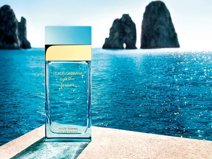Фото №1 - Аромат дня: Light Blue Forever Pour Femme от Dolce&Gabbana
