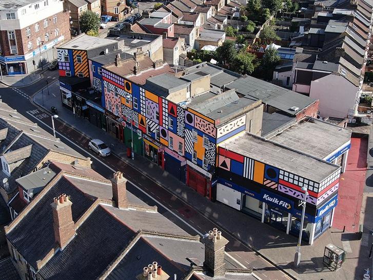 Фото №8 - Улица в Лондоне превратилась в арт-инсталляцию