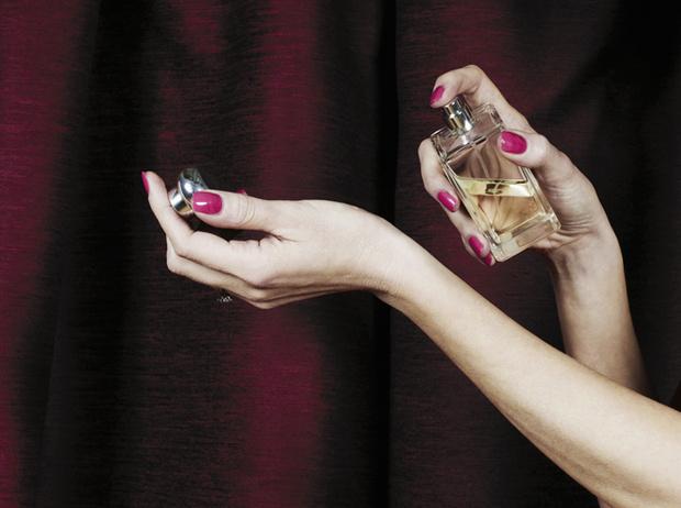 Фото №4 - Парфюмерный этикет: какие ароматы где и когда уместно носить