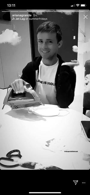 Фото №2 - Ариана Гранде опубликовала первое селфи с новым бойфрендом
